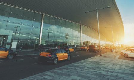 taxi en attente à l'aéroport